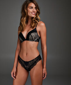 Brazilian Kayla, Zwart