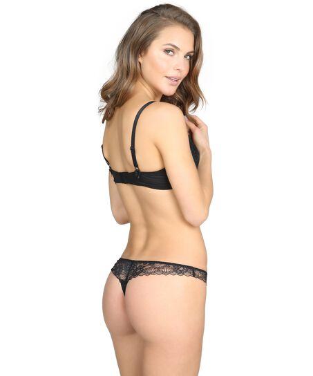 String Megan, Zwart