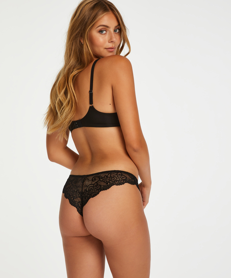 Brazilian Rosie, Zwart