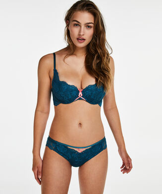 Brazilian Christina, Blauw