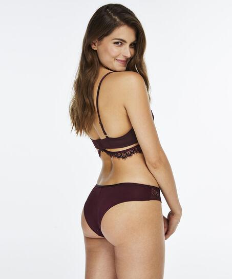 Brazilian Ilana, Rood