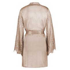 Kimono Zijde, Huidskleur