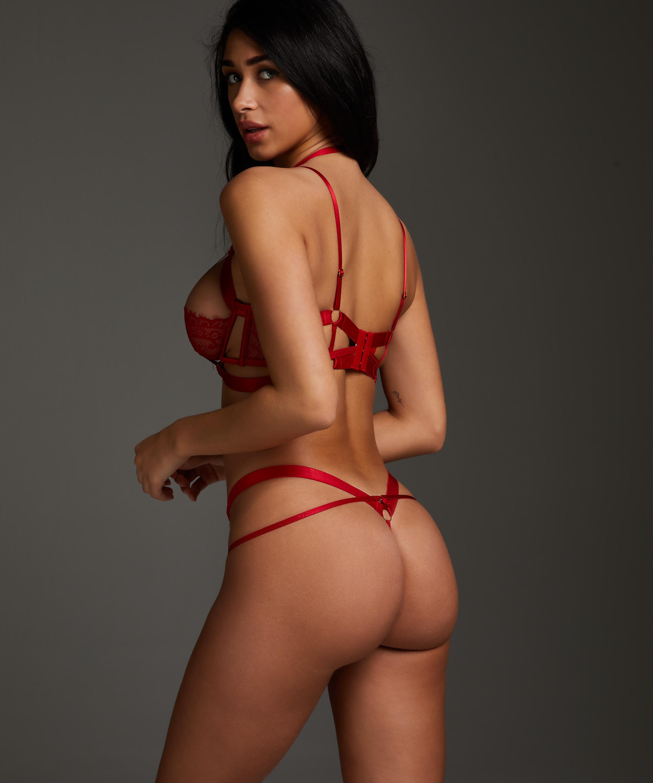 String Jacky, Rood, main