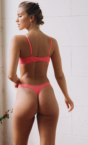 String Rose, Roze