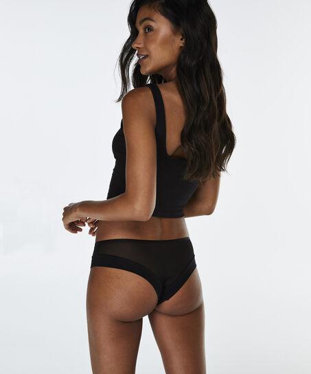 Brazilian Mikaela, Zwart