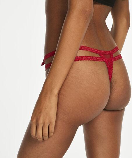 String Itzel, Rood