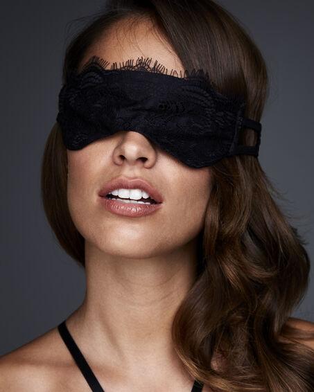 Masker Private, Zwart