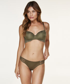String Angie, Groen