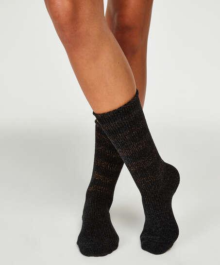Hoge sokken, Zwart