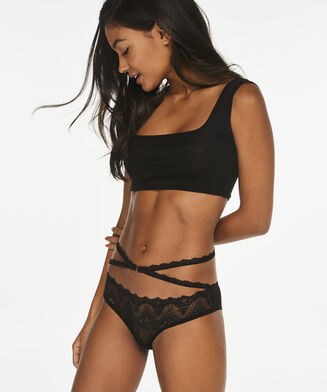Brazilian Brooke, Zwart