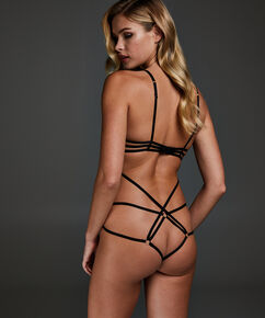 Body Yuna, Zwart