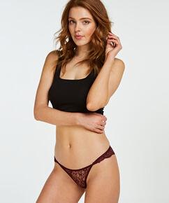 Brazilian Anya, Rood