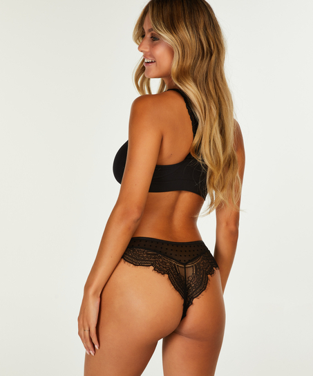 Brazilian Aylin, Zwart