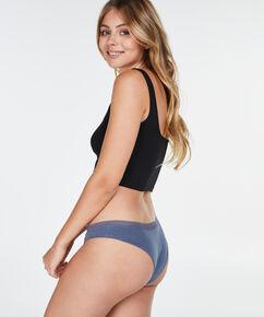 Brazilian Lara Katoen, Grijs
