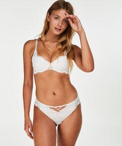 Brazilian Christina, Wit