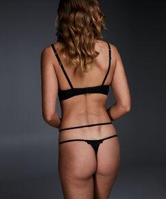 String Sosha, Zwart