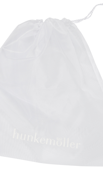 Grote waszak, Wit