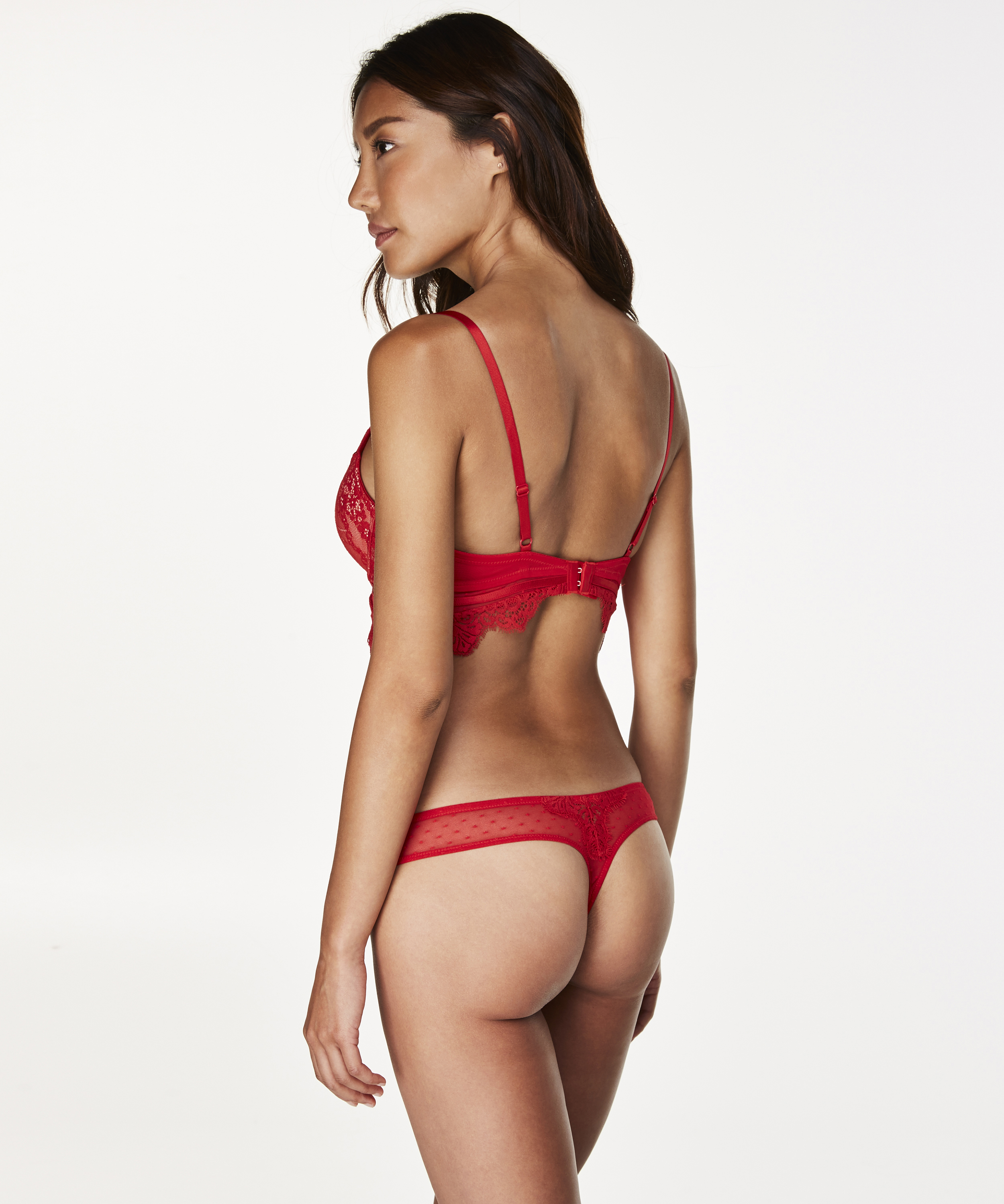 String Marilee, Rood, main