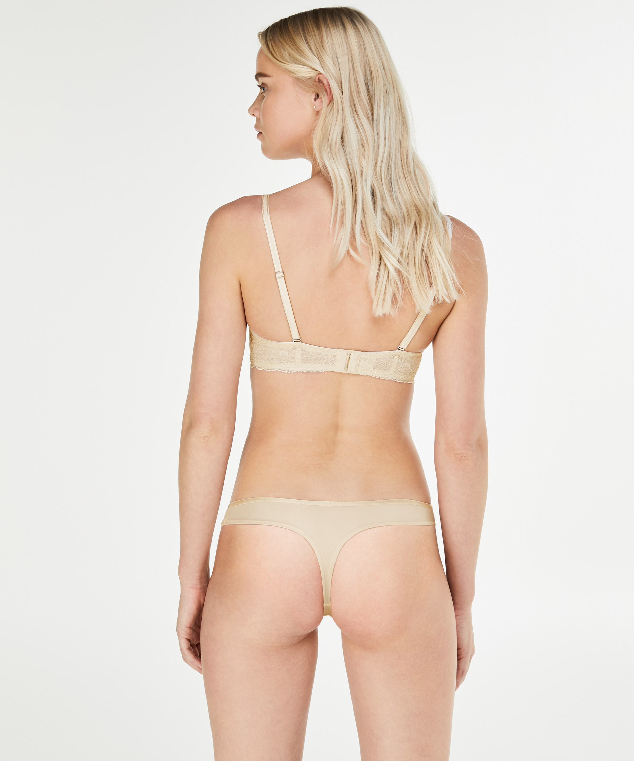String Angie Nude, Roze, main